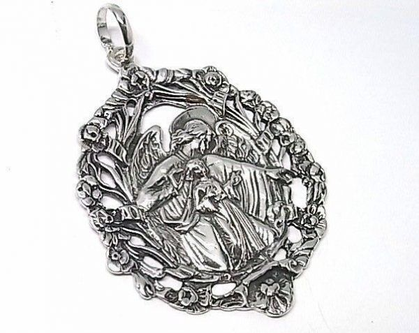 769-Colgante-medalla-cuna-600x477 Colgante medalla cuna
