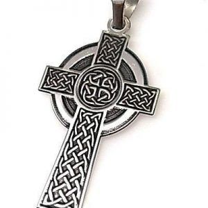 Cruces y Cristos