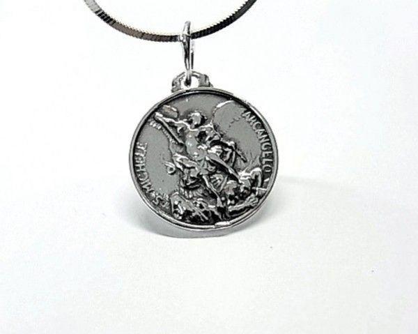 4750-Colgante-medalla-S.-Miguel-600x479 Colgante medalla S. Miguel