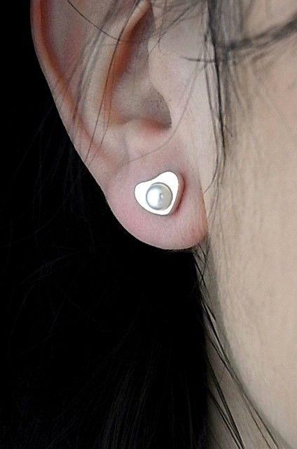 12123-Pendiente-dos-piezas-corazon-perla Pendiente dos piezas corazón perla