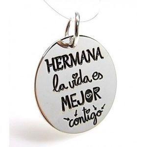 "16182-Colgante-Hermana-la-vida-es-mejor-contigo-300x300 Colgante "" Hermana la vida es mejor contigo """